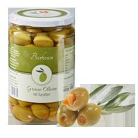 Grüne Oliven mit Karotten