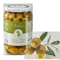 Grüne Oliven mit Zitronenschale